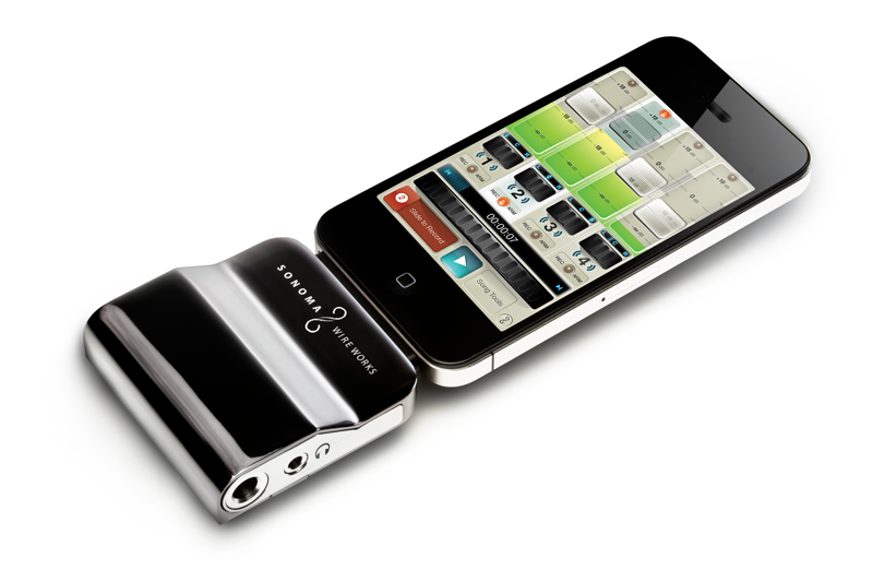 The original GuitarJack 2 - very stylish add-on for your iOS device.