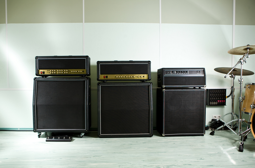 Always wanted a collection of classic guitar amps but can't afford them? There's an app for that....