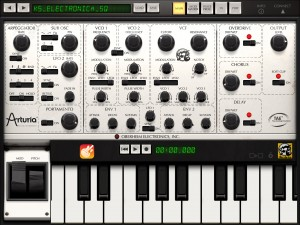 ISEM shows a Garageband transport panel so you can control Garageband while working within the synth.