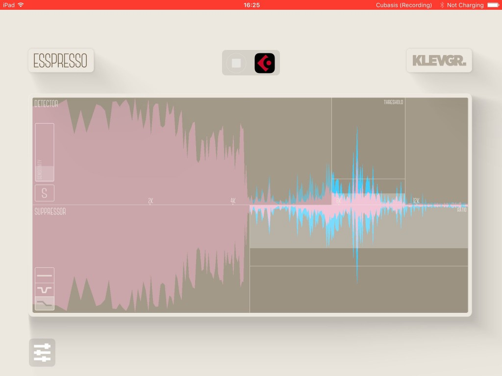 In 'low' mode, the compression is only applied to those frequencies above the user-defined range;low frequencies are left untreated for a more natural sound.