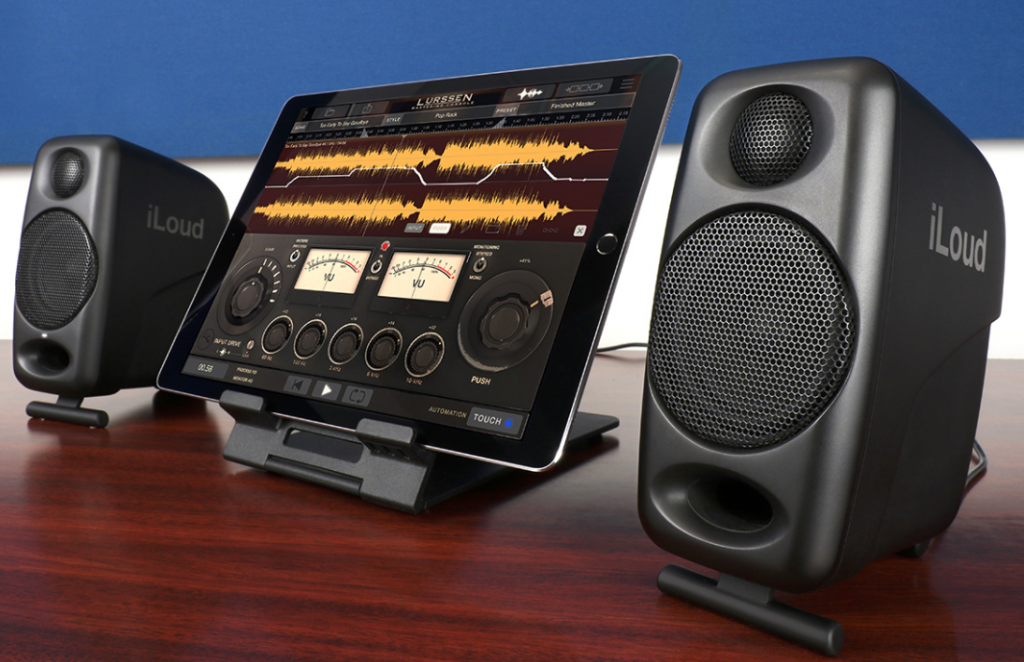 The iLoud Micro Monitor - a decent choice for your compact iOS recording studio?
